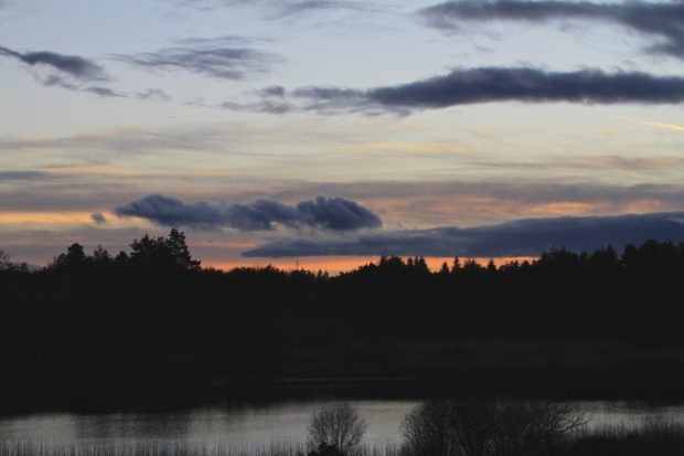 Photographing evening skies