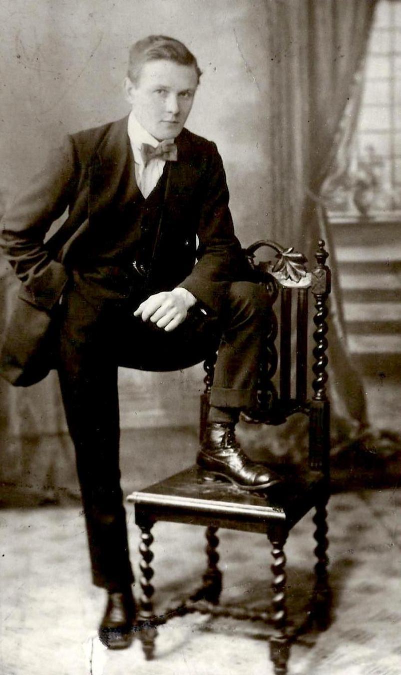 Dadins James Gray 1918