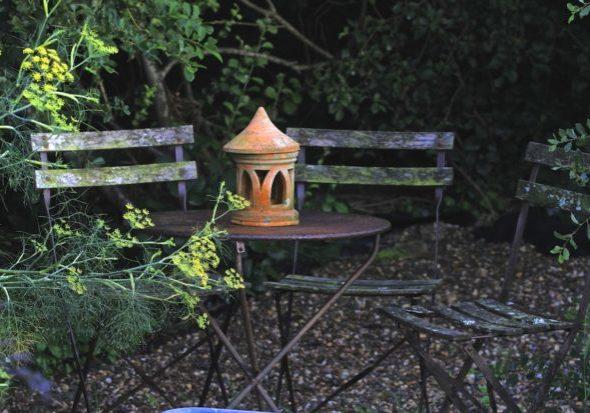 evening-darkness-garden